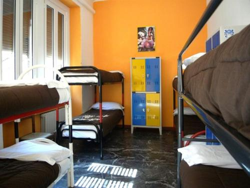 Krevet ili kreveti na kat u jedinici u objektu Hostel California