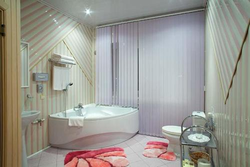 Ванная комната в Гостиница-отель Inshinka-SPA