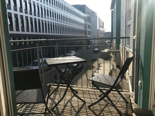 A balcony or terrace at City Wohnung Halle am Markt