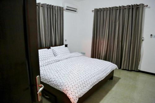 A bed or beds in a room at St Georges's Height