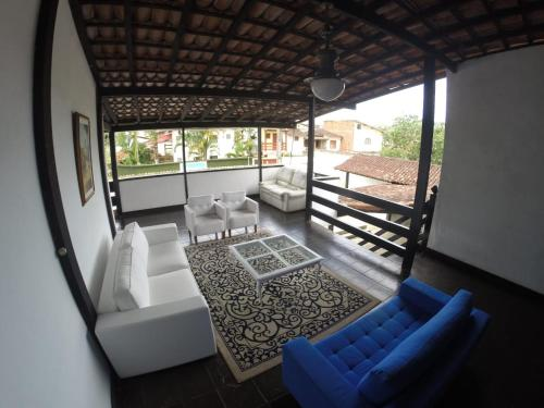 A seating area at Pousada do Tesouro