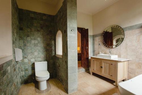 Salle de bains dans l'établissement Honeymoon Guesthouse