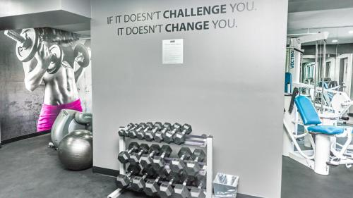 The fitness center and/or fitness facilities at The Artisan Boutique Hotel - Adult Only