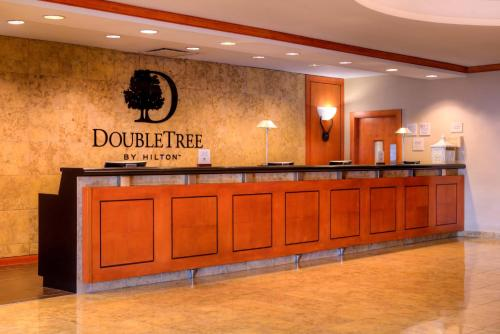 The lobby or reception area at DoubleTree by Hilton Hotel Tampa Airport-Westshore