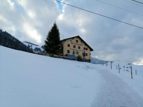 Berggasthaus Arviblick im Winter