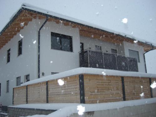 die Gartenwohnung - Tanja Tipotsch im Winter