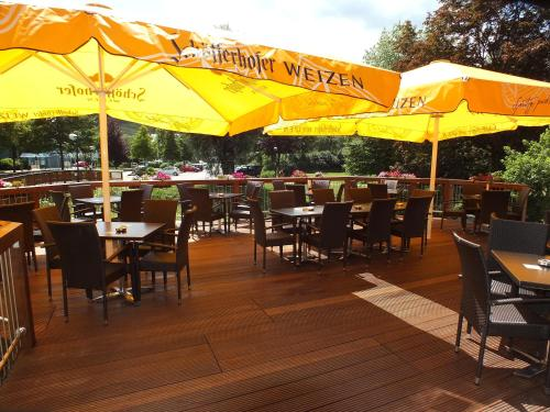 A restaurant or other place to eat at Parkhotel Olsberg