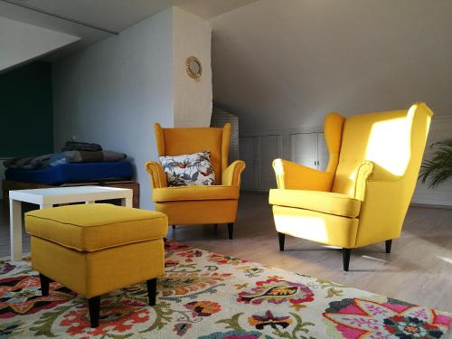 A seating area at Helles Studio