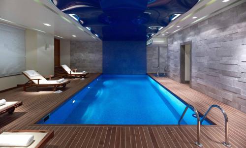 The swimming pool at or close to Pera Palace Hotel