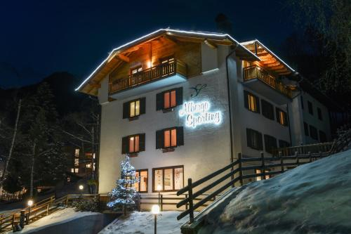 Albergo Sporting during the winter
