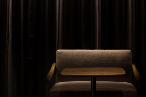A seating area at Bespoke Hotel Shinjuku