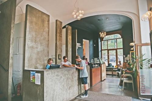 The lobby or reception area at Czech Inn