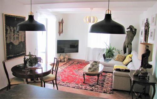 A seating area at Casa con vista spettacolare su Assisi