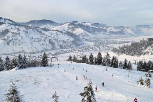 Farkas Panzió during the winter