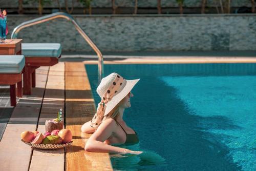 Бассейн в Stella Di Mare Dubai Marina Hotel или поблизости