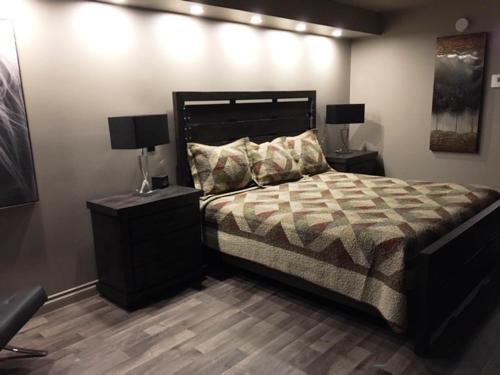 Кровать или кровати в номере Hotel Motel Blanchet