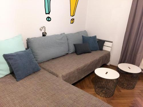 Ein Sitzbereich in der Unterkunft Old Town Apartment U Staré školy