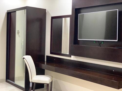 Um banheiro em Sroh Alalmas Furnished Apartments