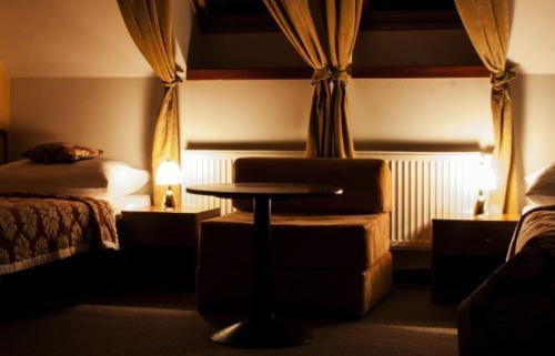 Posedenie v ubytovaní Hotel Pod Hradom