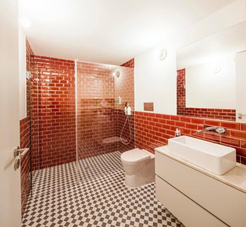 Un baño de Aparthotel Oporto Alves da Veiga