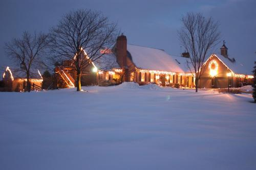 Annville Inn Bed & Breakfast during the winter