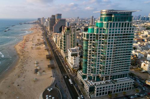 A bird's-eye view of Royal Beach Hotel Tel Aviv by Isrotel Exclusive Collection