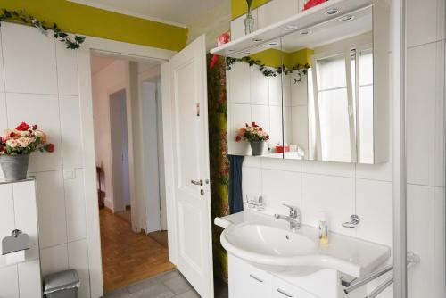Ein Badezimmer in der Unterkunft Thunerstern