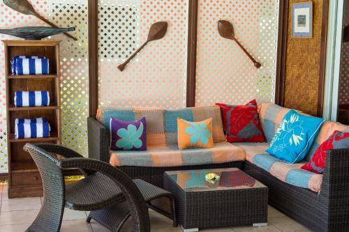 Uma área de estar em Villa Moemoea