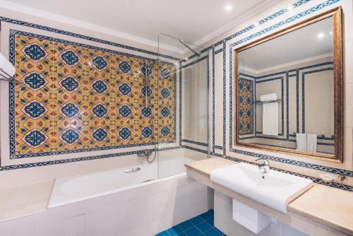 A bathroom at Iberostar Selection Kantaoui Bay
