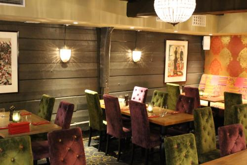 A restaurant or other place to eat at Det Hanseatiske Hotel