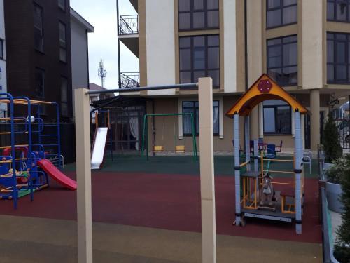 Детская игровая зона в Apartments on Olimp Park