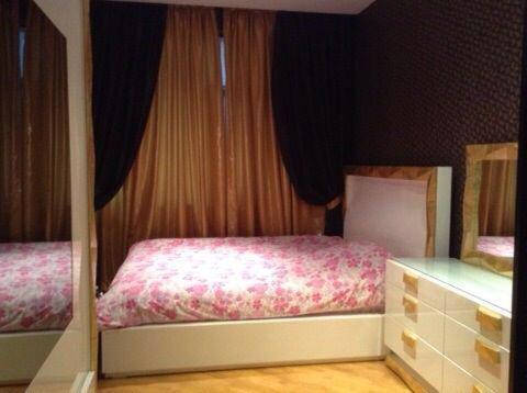 Cama ou camas em um quarto em Nizami Street 22