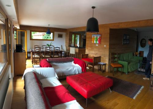 A restaurant or other place to eat at Appartement Crans Montana