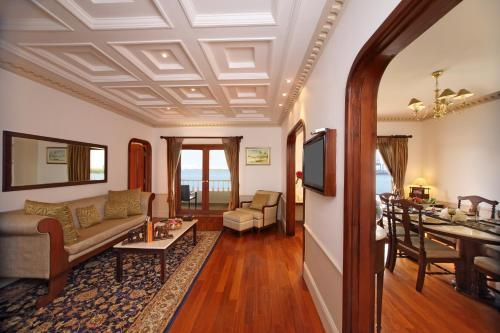 Et opholdsområde på Taj Malabar Resort & Spa, Cochin.