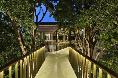 Ein Balkon oder eine Terrasse in der Unterkunft Ambong Pool Villas - Private Pool