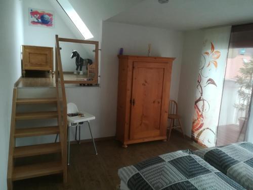 Ein Bett oder Betten in einem Zimmer der Unterkunft Top Ferienwohnung 125 m² in Salem