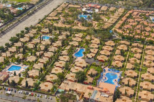 Een luchtfoto van Maspalomas Resort by Dunas