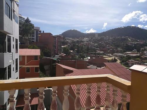 Un balcón o terraza de Homestay Jorge Sucre