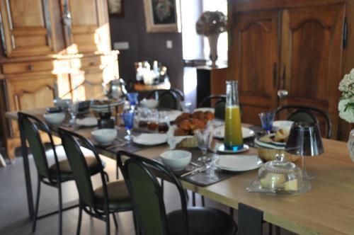 Restaurant ou autre lieu de restauration dans l'établissement Ty'Malo