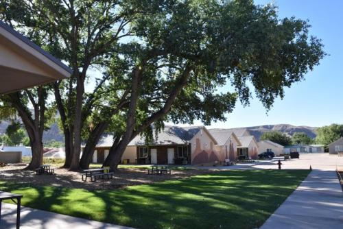 Zion's Camp and Cottages