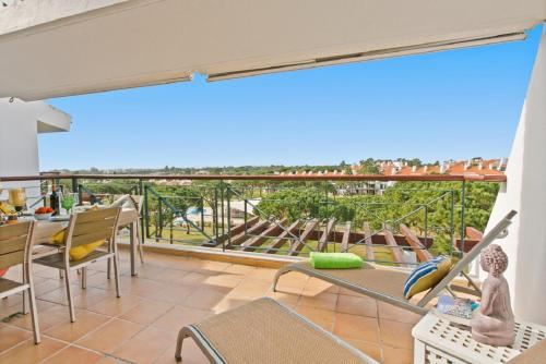 A balcony or terrace at Superb, relaxing and tranquil 3 bed Apartment in Central Algarve