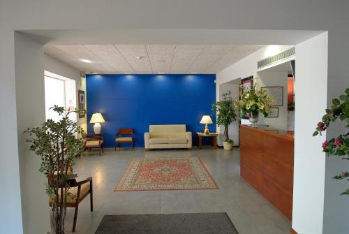 The lobby or reception area at Platjador