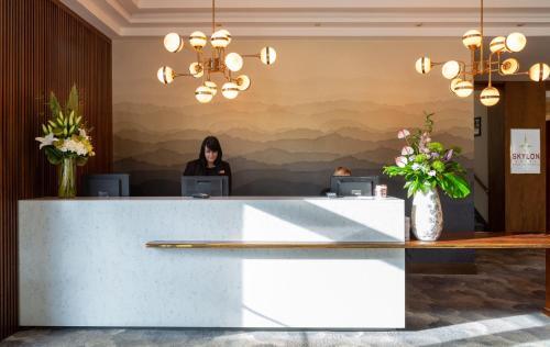 The lobby or reception area at Dublin Skylon Hotel