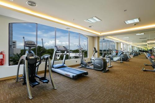 The fitness centre and/or fitness facilities at Sunway Hotel Seberang Jaya
