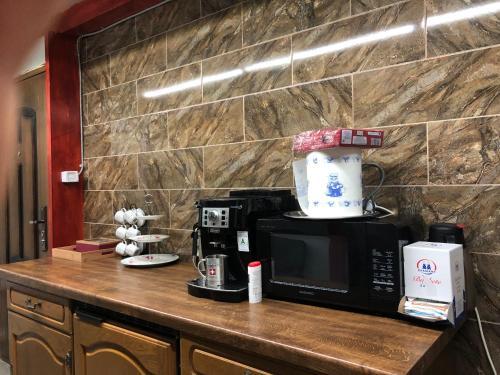 Coffee and tea-making facilities at Subortasa Villa