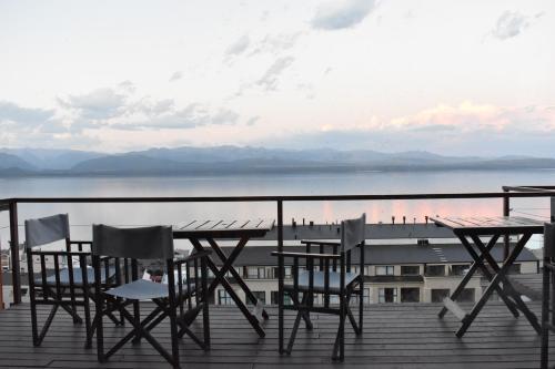 A balcony or terrace at Hostel Inn Bariloche