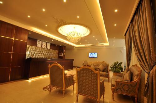 O saguão ou recepção de Rozaio Hotel