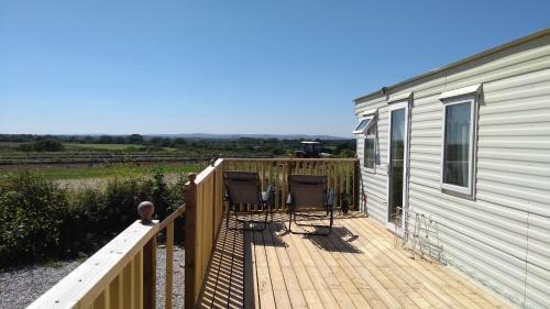 A balcony or terrace at Trefewha Farm