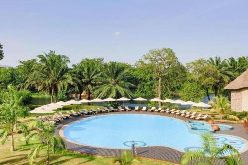 The swimming pool at or close to The Royal Senchi Resort Hotel