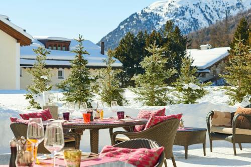 Ein Restaurant oder anderes Speiselokal in der Unterkunft Giardino Mountain